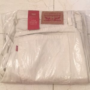Levi's White Wedgie Fit Jean